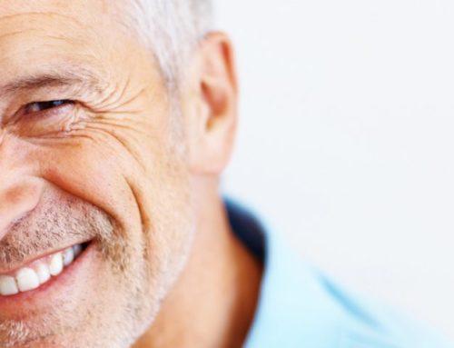 Ποία είναι τα οφέλη του χαμόγελου στην ψυχολογία, την εμφάνιση και την υγεία;