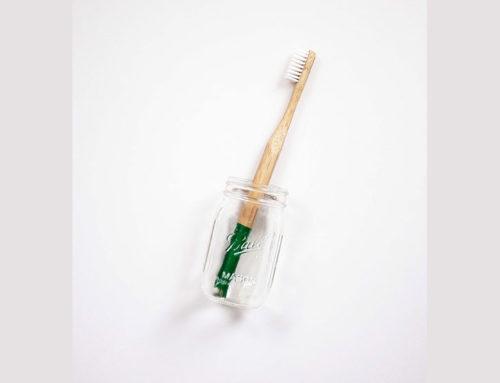 Μειώστε το πλαστικό σας αποτύπωμα. Καταναλώστε μέχρι τέλους την οδοντόκρεμα σας.